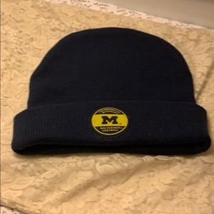 Wolverines Winter Nike Beanie Pre Owned
